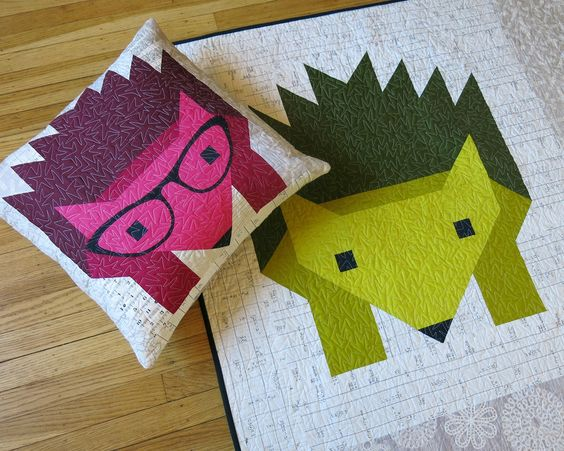 15 Fabulous Patterns for Fall - Hazel the Hedgehog - Let me share some really great patterns and inspiration with you so you can start creating! Check out these 15 fabulous patterns for fall! #simple #TableRunners #AutumnLeaves #JellyRolls #WallHangings #FallQuiltBlocks #Quilting #ColorCombos #Fabric #PaperPiecing #Fun #Easy #Quick #pattern