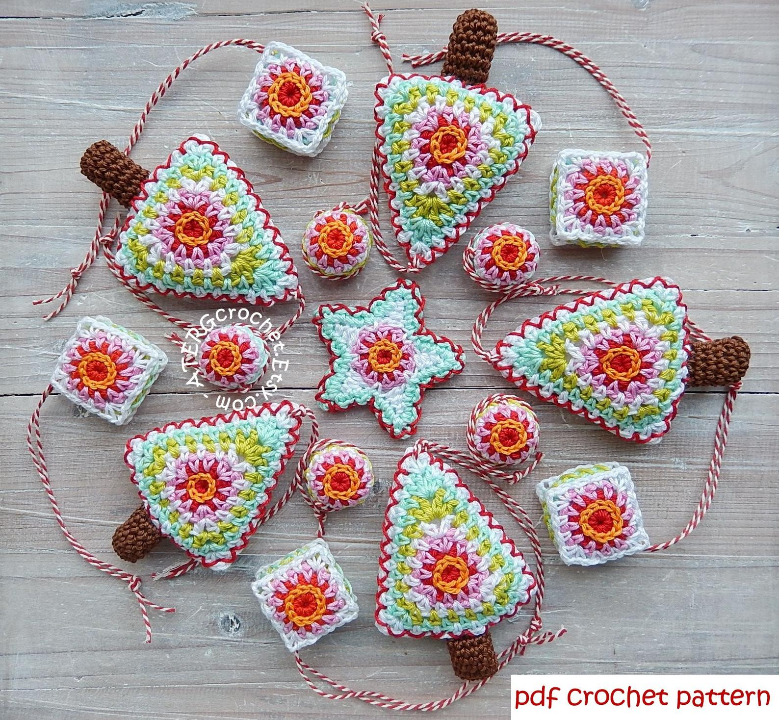 Make these lovely Crochet Ornaments, with the help of Greta Tulner's digital pattern. These would be super cute on your own home and also make an excellent gift!