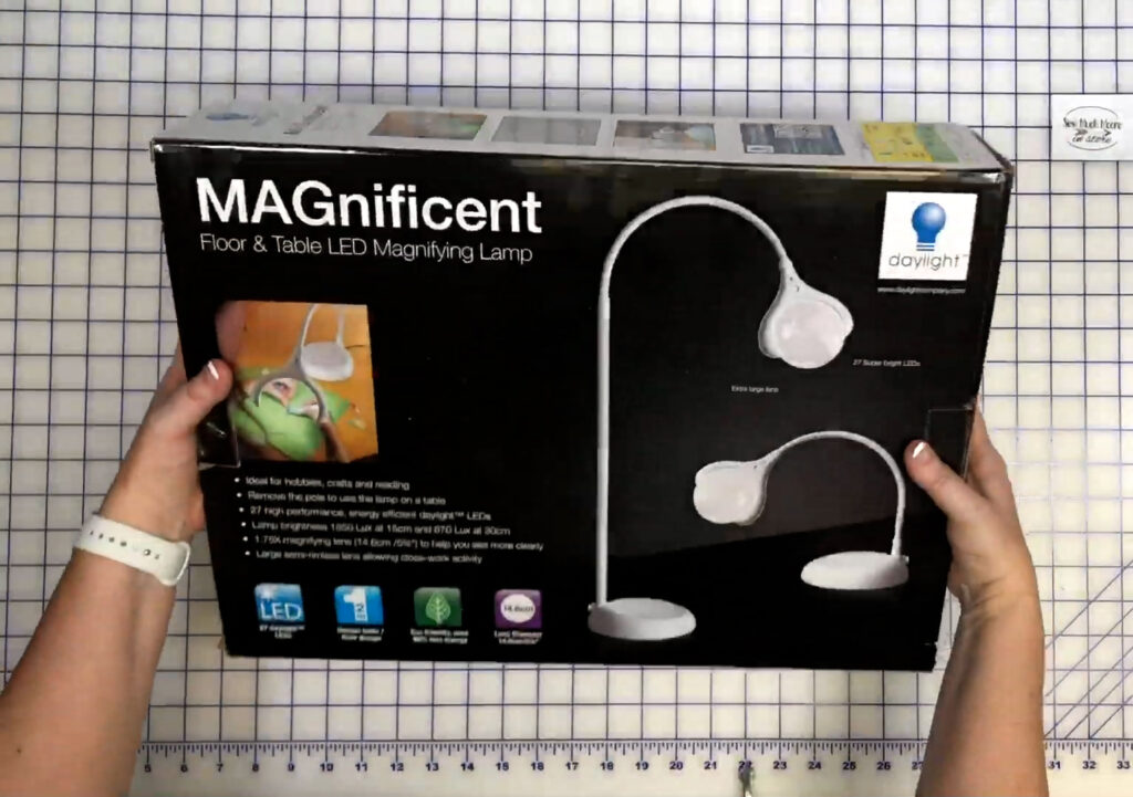 Magnifying Lamp - Unboxing